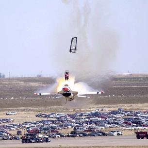 F-16 Falcon Thunderbird ejection
