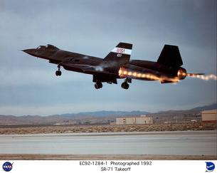SR-71 Blackbird afterburner takeoff